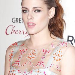 Kristen Stewart - Imagenes/Videos de Paparazzi / Estudio/ Eventos etc. - Página 31 A69e51225855492