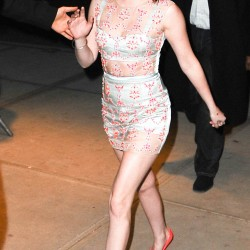 Kristen Stewart - Imagenes/Videos de Paparazzi / Estudio/ Eventos etc. - Página 31 F94b76225865686