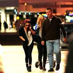 Kristen Stewart - Imagenes/Videos de Paparazzi / Estudio/ Eventos etc. - Página 31 694d6c229010786