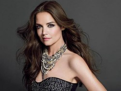 Katie Holmes - Bobbi Brown Cosmetics Ad