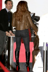 Melanie Brown - LAX Security Scan At Check-In