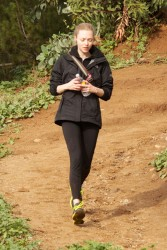 Amanda Seyfried - jogging at Runyon Canyon in LA 1/26/13