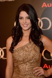 Ashley Greene - Imagenes/Videos de Paparazzi / Estudio/ Eventos etc. - Página 25 514d96235352146