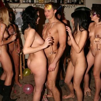 реал фото нудистов вечеринки