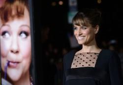 Amanda Peet - 'Identity Thief' premiere in Westwood 2/4/13