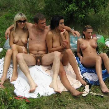частное фото нудистов семейное