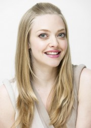 Amanda Seyfried Armando Gallo Portraits HQ x 42