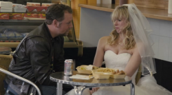 Prezent ¶lubny / The Wedding Video (2012) PL.DVDrip.AC3.XviD.CiNEMAET-BR    Lektor PL   +rmvb