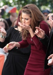 Maria Menounos - on the set of Extra in LA 2/18/13