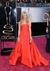 Jennifer Aniston - 85th Annual Academy Awards in Hollywood 2/24/13