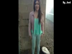 Inmigrante mexicana prostituta sobornando