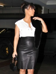 Kim Kardashian - At an office building in Beverly Hills 3/21/13
