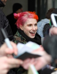 Hayley Williams - Signing autographs in London 4/4/13