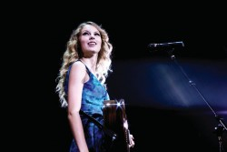 Taylor Swift | Fearless &amp;amp; Speak Now Tour | Promotionals and Behind the Scenes