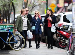 Dakota Fanning / Michael Sheen - Imagenes/Videos de Paparazzi / Estudio/ Eventos etc. - Página 6 8c0e98248662061