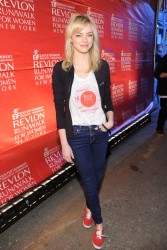 Emma Stone - 16th Annual EIF Revlon Run Walk For Women in NYC 5/4/13