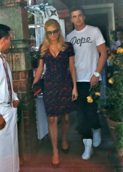 Paris Hilton - leaves The Ivy in LA 5/7/13
