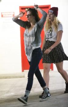 Kristen Stewart - Imagenes/Videos de Paparazzi / Estudio/ Eventos etc. - Página 31 Deb3ec256029770