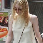 Dakota Fanning / Michael Sheen - Imagenes/Videos de Paparazzi / Estudio/ Eventos etc. - Página 6 Ec5f8c256461053