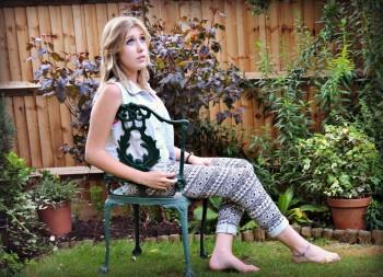 http://thumbnails108.imagebam.com/25733/fdae57257326887.jpg