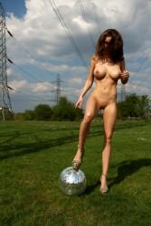 http://thumbnails108.imagebam.com/26231/f03769262308224.jpg