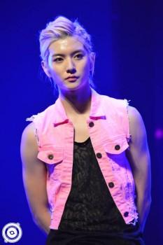 [PICS] NU'EST LOVE TOUR - Singapura [Show + Hi5] Ee2787266098293