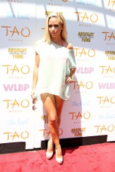Kendra Wilkinson - Hosts the 2nd Annual World's Largest Bachelorette Party in Vegas 7/19/13