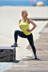 5354fc270454587 [Ultra HQ] Carrie Keagan   at a photoshoot in LA 8/13/13 high resolution candids
