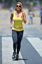 b23f15270454342 [Ultra HQ] Carrie Keagan   at a photoshoot in LA 8/13/13 high resolution candids