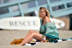 f259f5270456224 [Ultra HQ] Carrie Keagan   at a photoshoot in LA 8/13/13 high resolution candids