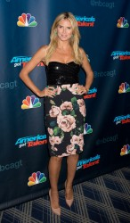 Heidi Klum @ America's Got Talent, NY, 14.08.13 - 6HQ