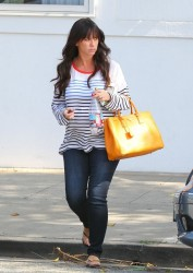 Jennifer Love Hewitt - out in Beverly Hills 9/17/13