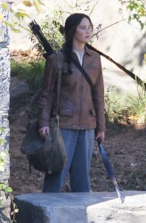 Jennifer Lawrence - Filming in Atlanta 10/1/13