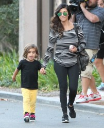 Kourtney Kardashian - Out in Thousand Oaks 10/1/13