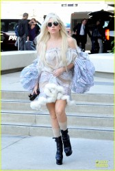 Lady Gaga - Arriving to LAX Airport 10/22/13