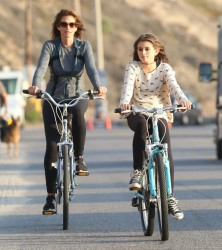 Cindy Crawford - riding a bike in Malibu 11/4/13