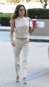 a85cce287254540 Eva Longoria – out and about candids in Century City
