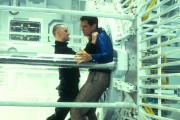 Джеймс Бонд 007: И целого мира мало / 007 The World Is Not Enough (Пирс Броснан, 1999) 256c16287543885