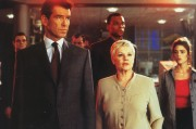 Джеймс Бонд 007: И целого мира мало / 007 The World Is Not Enough (Пирс Броснан, 1999) Cb40c0287543742