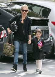 Sarah Michelle Gellar - out in LA 11/16/13