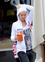 Olivia Wilde - Leaving a workout session in LA 11/16/13