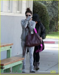 Vanessa Hudgens - Out in LA 11/19/13