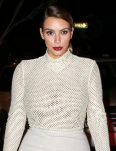 fad7a2290002418 Kim Kardashian and Kendall Jenner – out and about *see thru* candids in New York