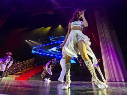 Selena Gomez Performing in Indianapolis on November 19, 2013