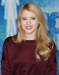 Taylor Spreitler - 'Frozen' premiere in Hollywood 11/19/13