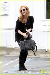 Jessica Chastain - Shopping in Santa Monica 11/21/13