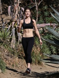 Amanda Cerny - working out in LA 11/26/13