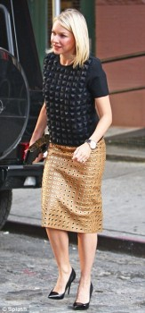 Naomi Watts - New York Stroll - x 3 lq