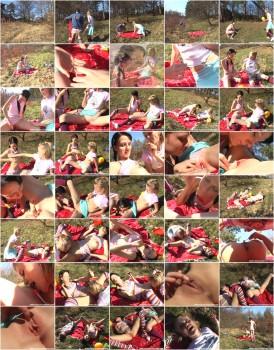 Zanetta and Katie B-Two schoolgirls exploring their bodies