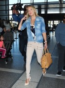 Kate Hudson - At LAX Airport 4/10/15